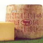 Le fromage Laguiole sélection et le fromage Laguiole Grand Aubrac