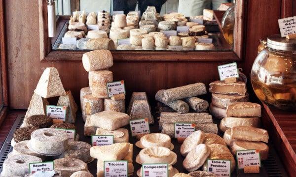 Exemples de plateaux de Fromages pour noël et le nouvel an