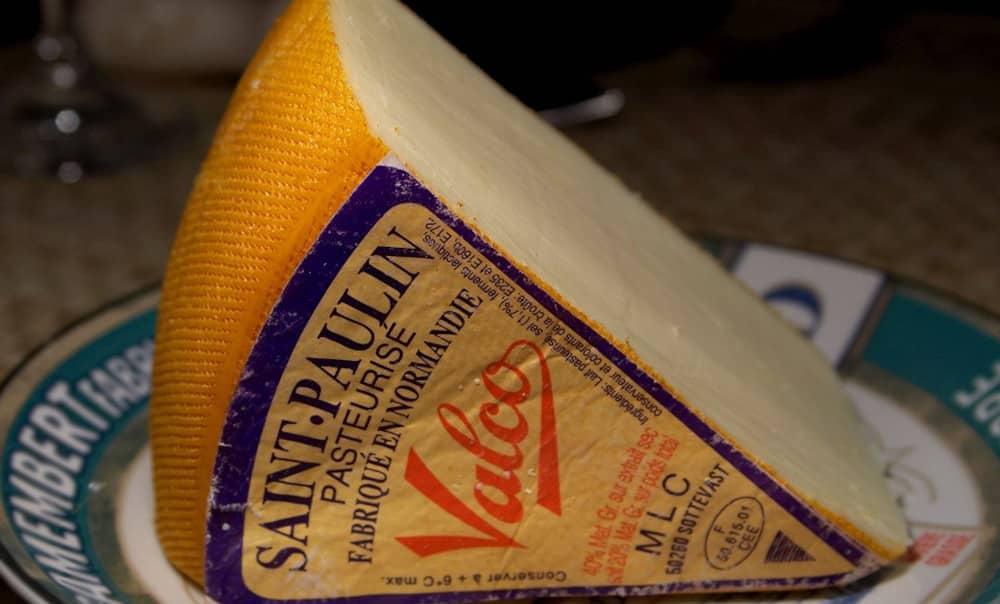 Saint-Paulin, fromage au cœur tendre pour les écoliers